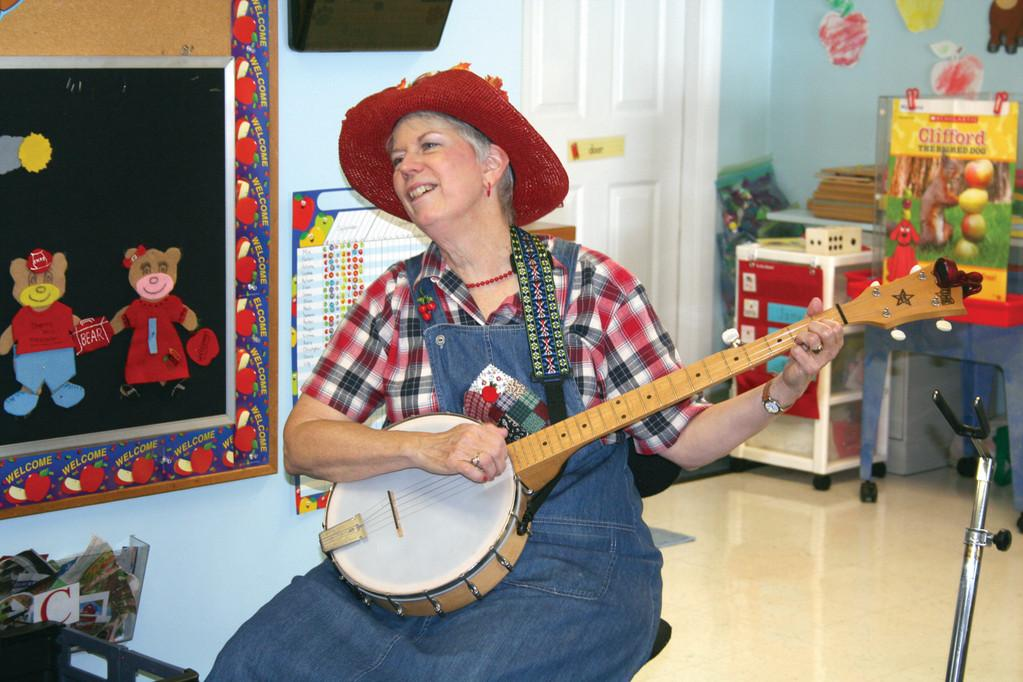 Apple Annie Visits Greene Library on September 25 at 10am